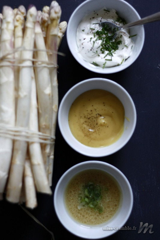 asperges-trois-sauces